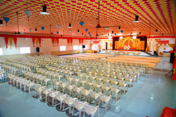 Excellent seating arrange for large number of guests
